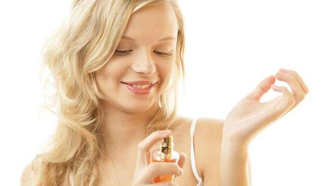 rekomendasi parfum wanita paling wangi